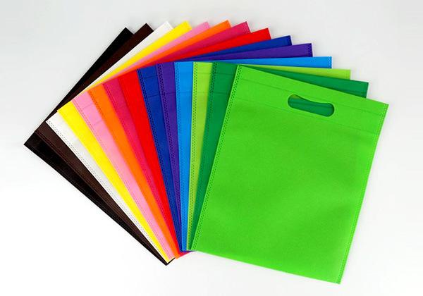 Vì sao nên sử dụng túi vải không dệt?