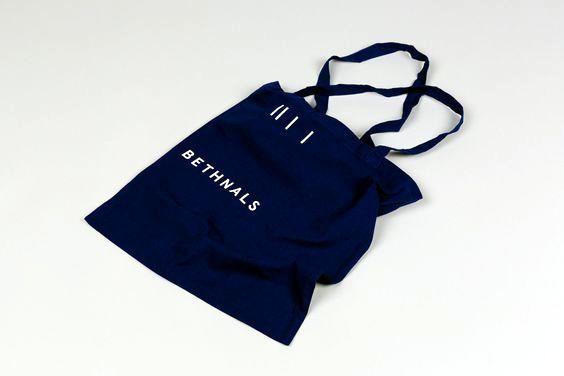 Sử dụng túi vải không dệt chung tay bảo vệ môi trường